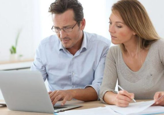 What moving expenses are deductible?